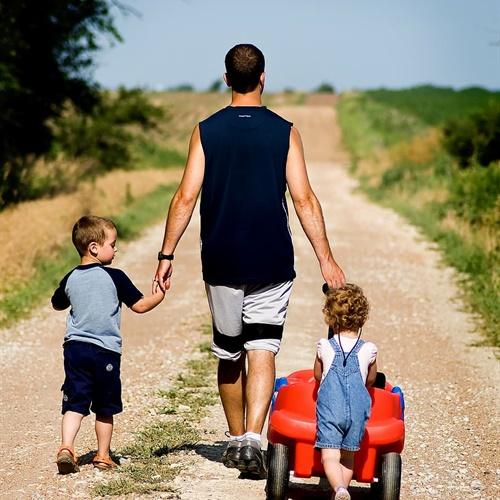 Čemu služi tata? Interaktivno predavanje povodom Dana očeva